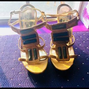 Cute DbDK summer heel use 1!💛💛💛💚💚